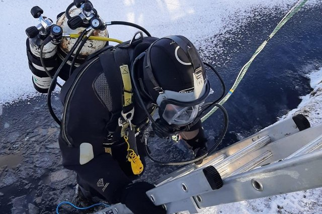 Scottish Water diver working at Ness