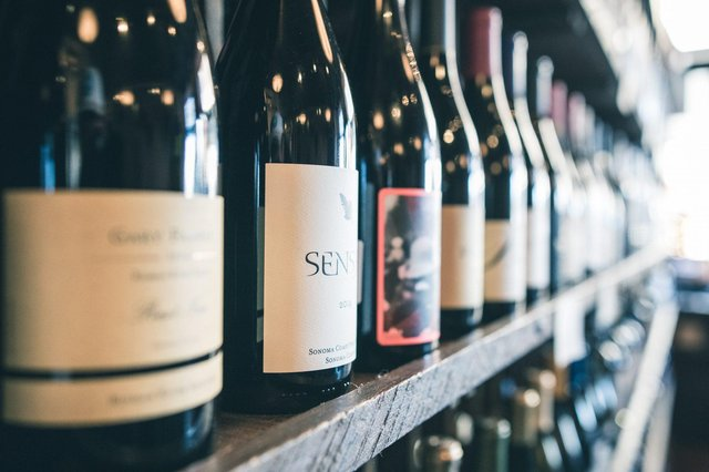 Peter's dilemma was what non-alcoholic wine to choose