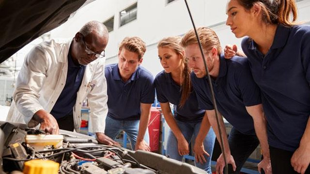 Young people should consider an apprenticeship pathway
