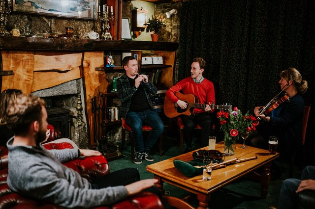 A traditional music ceilidh in the Borrodale Hotel, South Uist
